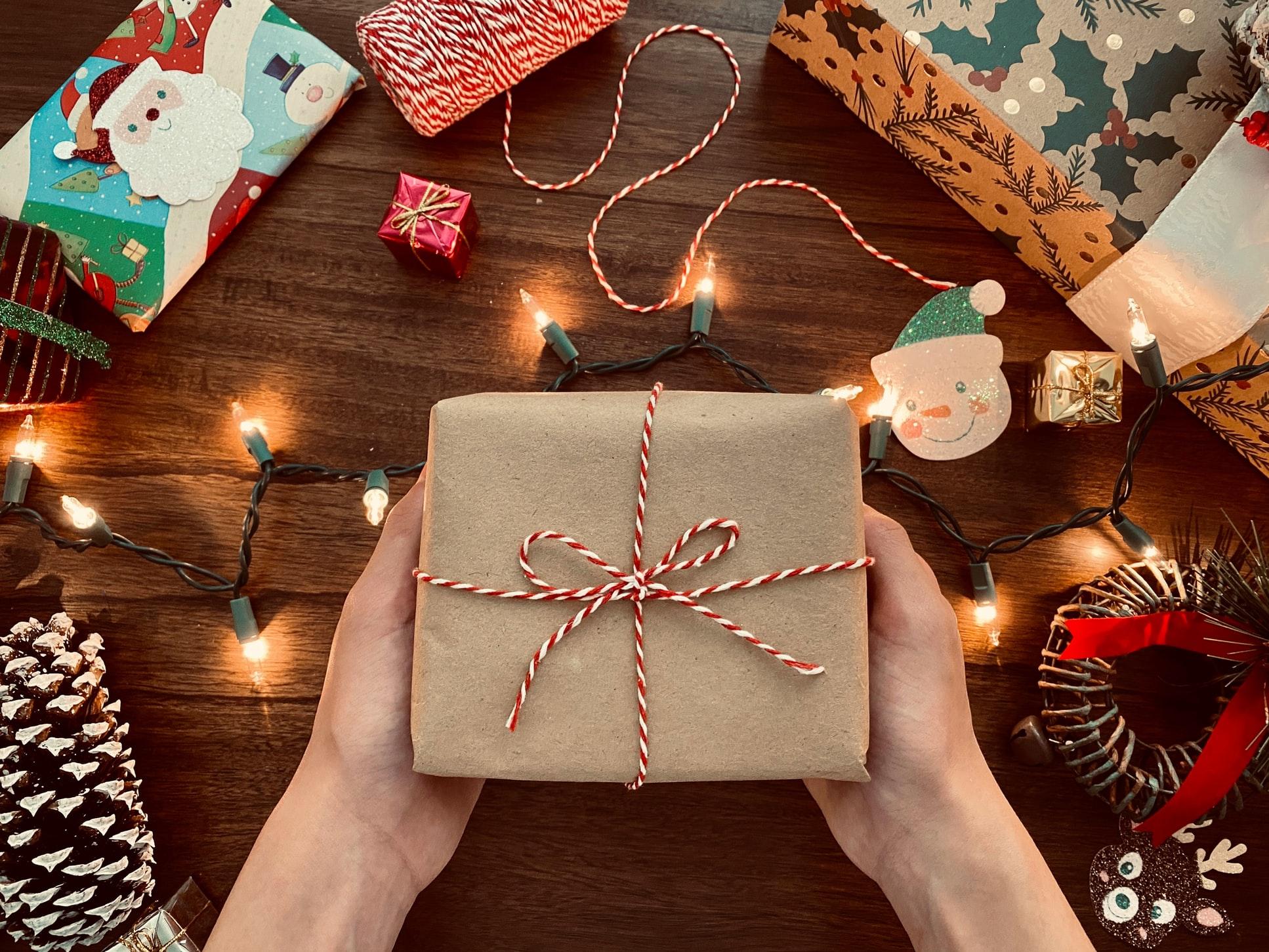 christmas-gift-del-dohodnine